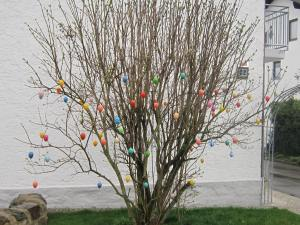 Eschlkam Easter egg tree.