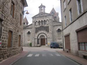 Saint-Sauveur-en-Rue-church