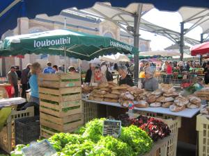 Moissac-Saturday-market