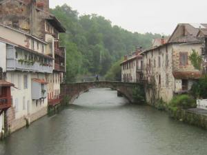 Saint-Jean-Pied-de-Port-bridge