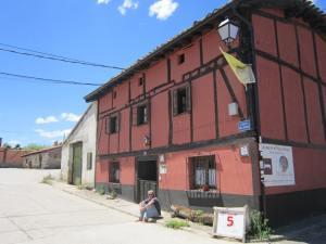 Albergue-Casa-Roja