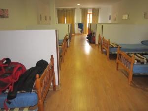 Hotel-San-Anton-Abad-Albergue-sleeping