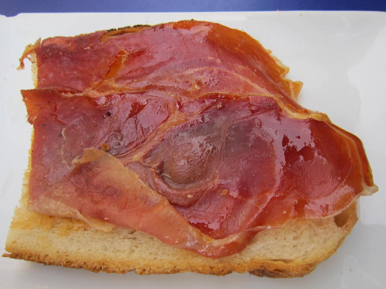 Rioja and Pinchos/Tapas to die for inLogrono