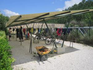 Washing-clothes-in-Puente-la-Reina