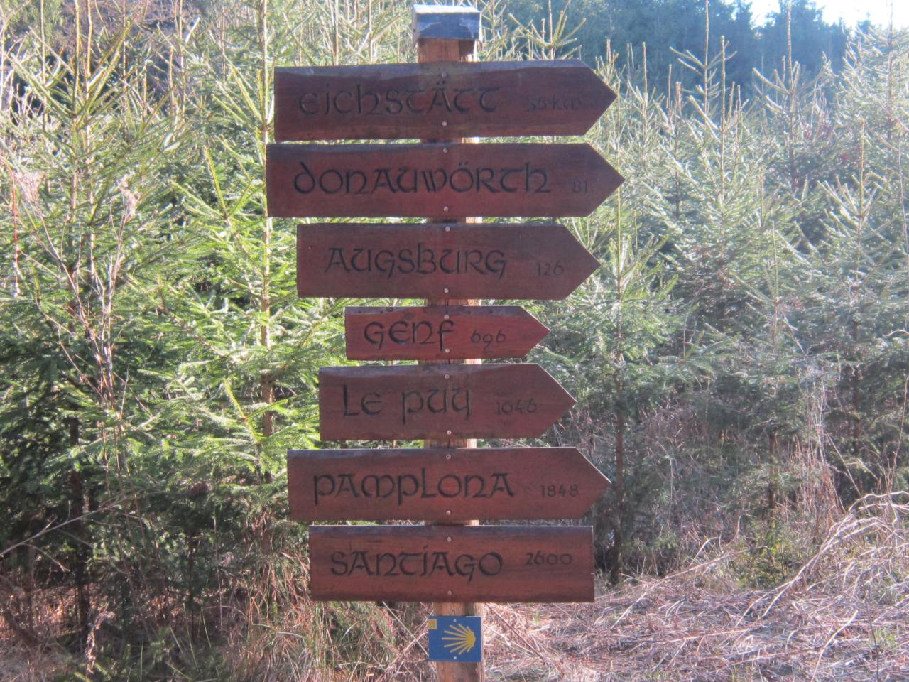 Kilometer markers on the Jakobsweg in southern Germany
