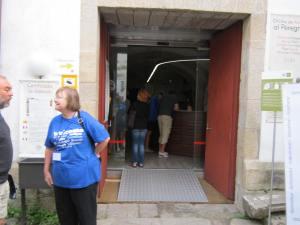 Volunteer at credencial office santiago de compostela