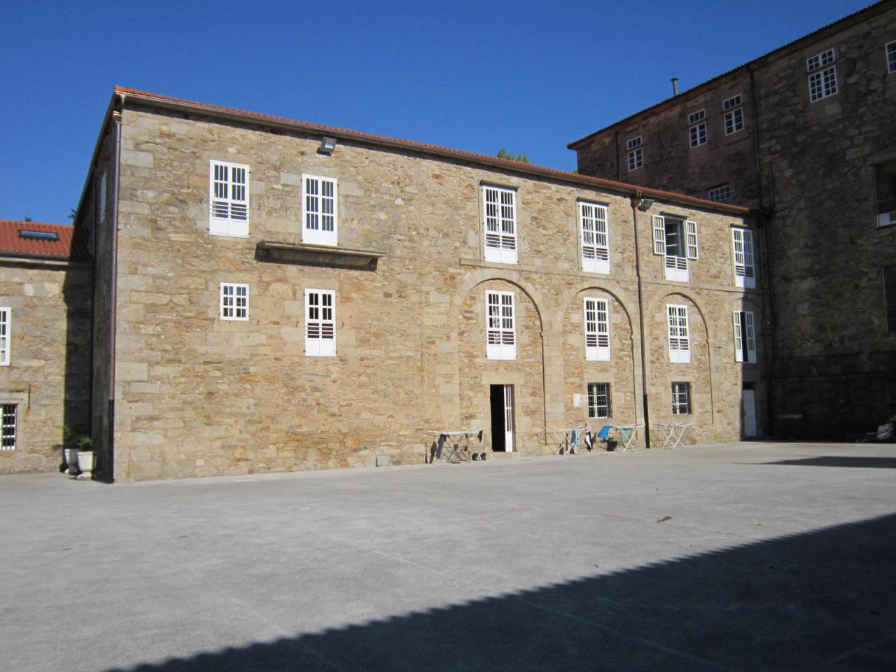 Two diamond in the rough sleeping options in Santiago deCompostela