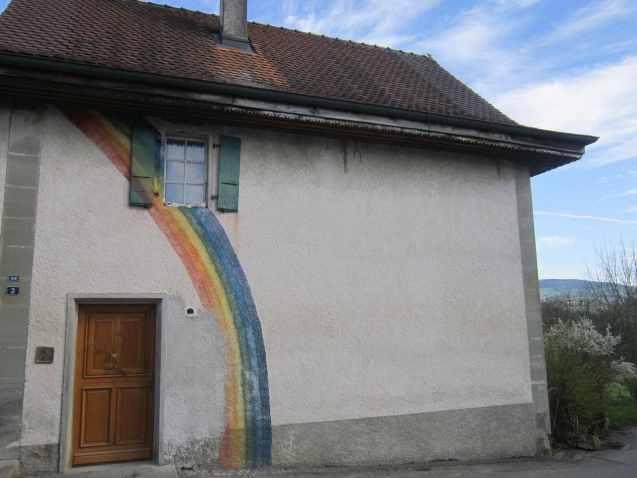 Rainbow house on the Jakobsweg Suisse (between Fribourg andMoudon)