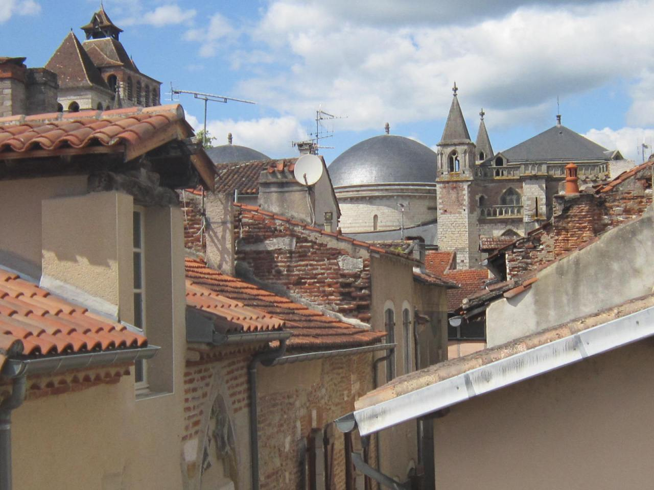 View from the Gite du Papillon Vert of the city of Cahors on the Chemin St. Jacques de Compostelle in southernFrance